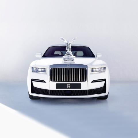 Natasa Lagou - Blog Post, Make my Logo Bigger, Rolls Royce